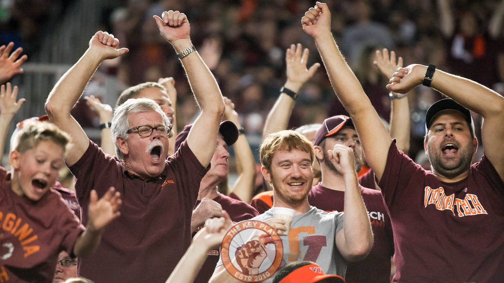 Fans celebrate after the Virginia Tech touchdown late in the second quarter. (Mark Umansky/TheKeyPlay.com)