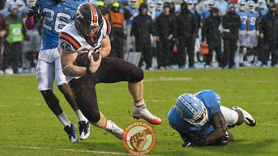 Virginia Tech full back Sam Rogers (45) dives into the end zone to score a touchdown. (Michael Shroyer/ TheKeyPlay.com)