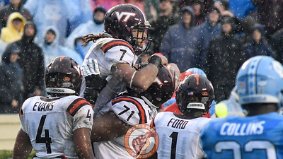 Virginia Tech tight end Bucky Hodges (7) celebrates his long reception down to the 1 yard line. (Michael Shroyer/ TheKeyPlay.com)