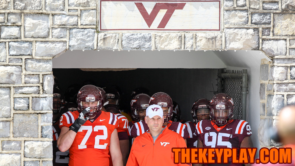 Head coach Justin Fuente stands ready to lead the Hokies out of the tunnel to Enter Sandman for the first time in his career. (Mark Umansky/TheKeyPlay.com)