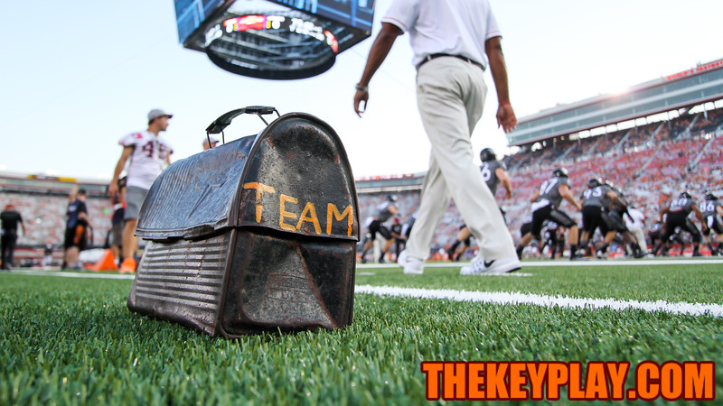The Hokies' lunchpail sits on the sidelines on the field as the team goes through warmups. (Mark Umansky/TheKeyPlay.com)