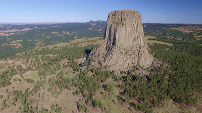 Devil's Tower 4-scanning the area