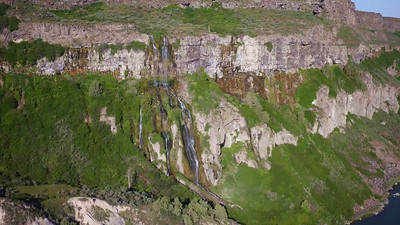 Unnamed falls across from Shoshone Falls