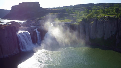 Shoshone Falls in morning Sun