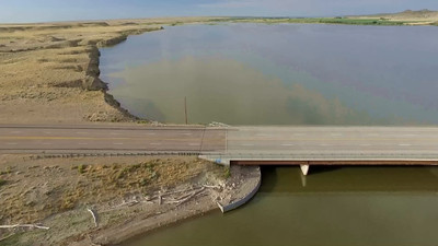3-Bridge at southern end of Shoshoni-Boysen Reservoir_01