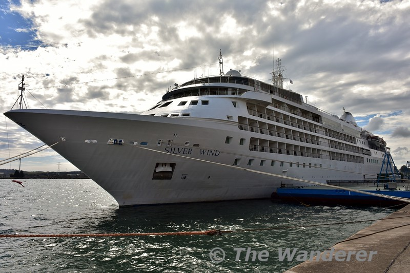 Cruise Ship Silver Wind docked at Cobh. Sat 27.08.16