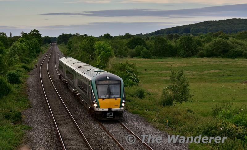 22003 passes Ballykillane with the 1855 Heuston - Portlaoise. Mon 20.06.16
