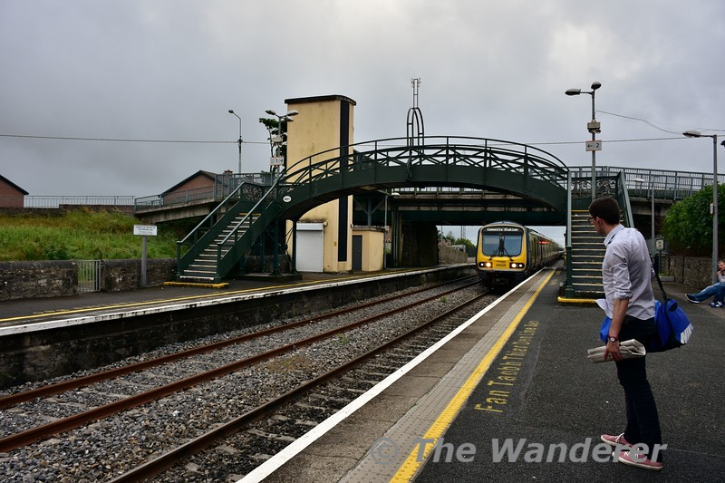 """I can imagine the passenger is saying """"oh no not a Commuter train"""". 29026 + 29007 arrive into Longford with the 1800 Sligo - Connolly. This and the 0900 Connolly - Sligo on a Sunday are the only 29000 Class services on the route that use these suburban layout train. Sun 19.06.16"""