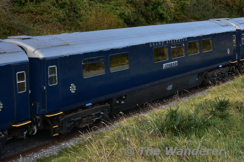 """Belmond Grand Hibernian 87102 """"Wexford"""" in the formation of the 1420 Heuston - Cork at Rosskelton. Tues 11.10.16"""