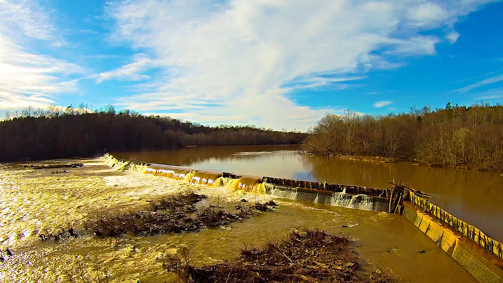 river dam water falls in south carolina