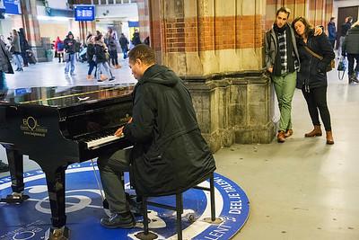 Amsterdam, 2 januari j2016, Centraal Station, foto: Katrien Mulder