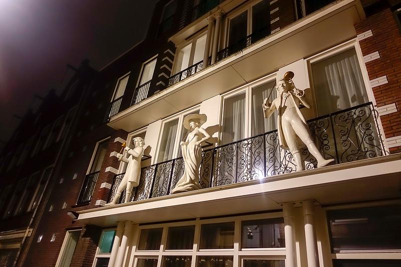 Amsterdam, Anjelierstraat15 april 2016, foto: Katrien Mulder