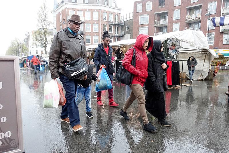 Amsterdam Oost, Niasstraat, 26 april 2016, foto: Katrien Mulder
