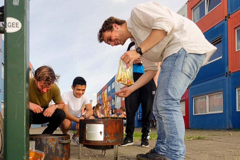 The Netherlands; Amsterdam, 22 juni 2016, barbecue, foto: Katrien Mulder