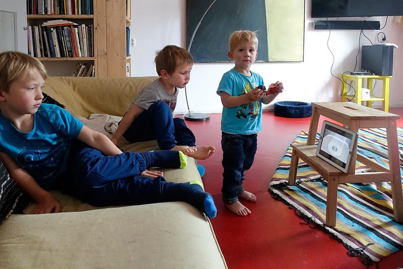 Nederland, Amsterdam, Ruben, Jasper en Sander, 13 augustus 2916, foto: Katrien Mulder
