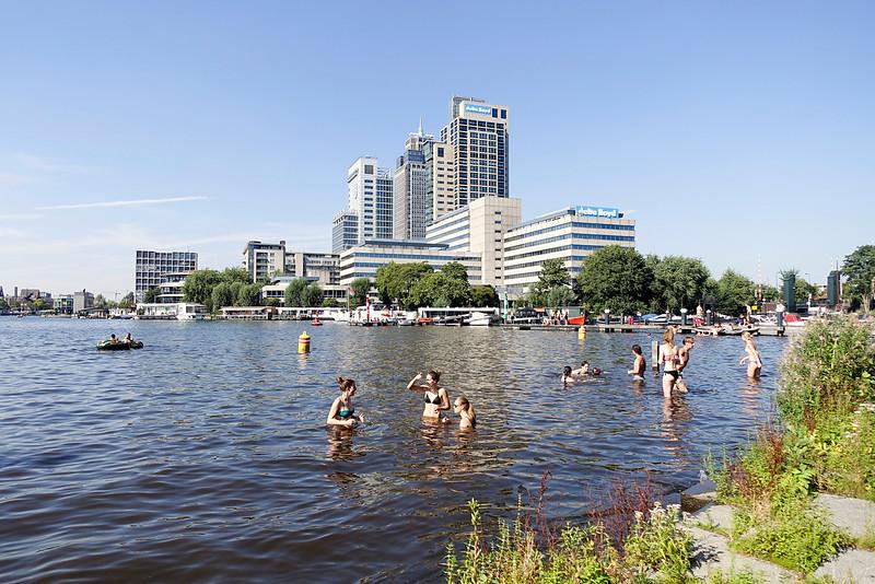 Nederland, Amsterdam, city beach, 25 augustus 2016, foto: Katrien Mulder/HH