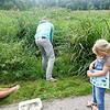 Nederland, Amsterdam, Amsterdam Oost, Flevopark, feestekijkheden vanwege het 85 jarig bestaan van het Flevopark,  programmaonderdeel waterbeestjes zoeken, 17 september 2016, foto: Katrien Mulder