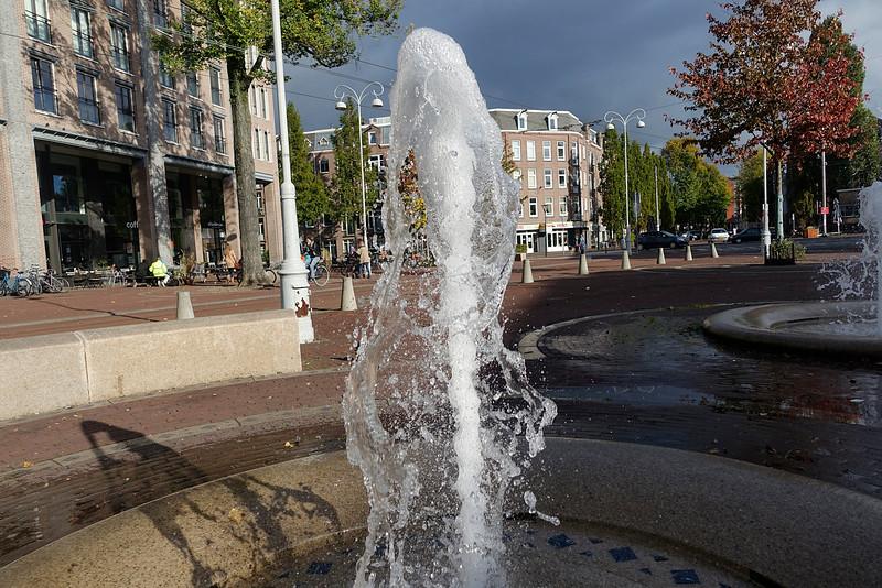 Nederland, Amsterdam, Amsterdam Oost, fontein, Javaplein, 19 oktober 2016, foto: Katrien Mulder