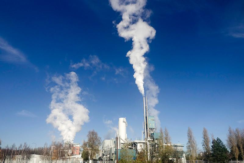 Nederland, Amsterdam Noord, fabriek Albemarle, producent van  zoutzuur en zwavelzuur, 26 november 2016, foto: Katrien Mulder