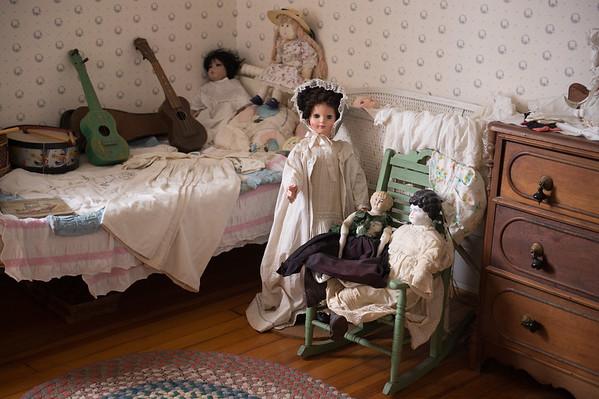 JOED VIERA/STAFF PHOTOGRAPHER- Burt, NY-Dolls fill a room inside the Vanhorn Mansion.