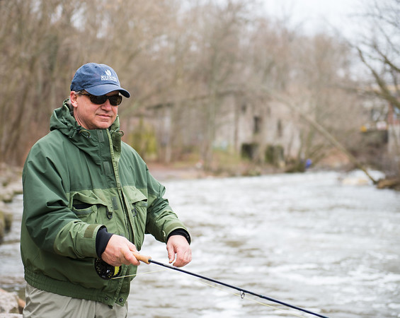 JOED VIERA/STAFF PHOTOGRAPHER- Burt, NY-Tom looks to catch anything he can at Fisherman's Park during his trip from Scranton, PA.
