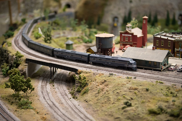 JOED VIERA/STAFF PHOTOGRAPHER-Medina, NY- A model of an old New York Central System locomotive runs on the tracks in a display at the Medina Railroad Museum.