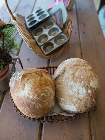 JOED VIERA/STAFF PHOTOGRAPHER-Medina, NY-Loaves of bread lay on a counter at the Bread Basket on Main Street.
