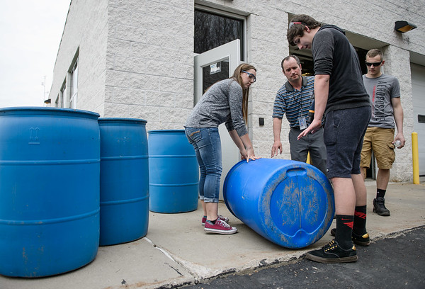 JOED VIERA/STAFF PHOTOGRAPHER- Newfane, NY-Newfane High School students make Rain Barrels.