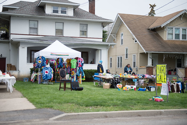 JOED VIERA/STAFF PHOTOGRAPHER-Lockport, NY-A yard sale popped up on 598 East Ave.