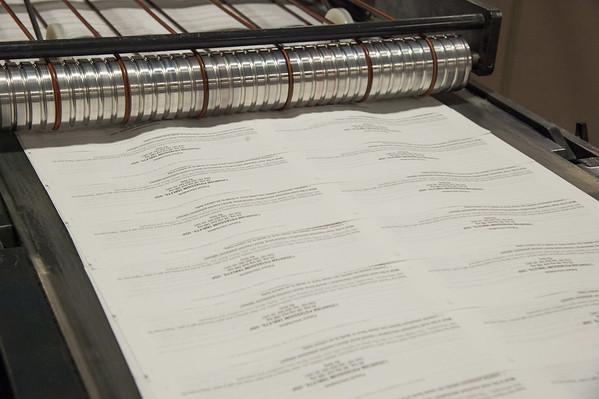 JOED VIERA/STAFF PHOTOGRAPHER-Lockport, NY-  A press prints a medical pamphlet.