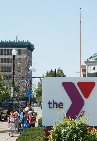 JOED VIERA/STAFF PHOTOGRAPHER-Lockport, NY- Kids line up outside the YMCA for the first day of their after school program.