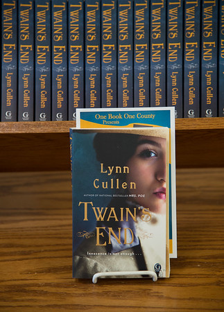 """JOED VIERA/STAFF Lockport, NY- Lynn Cullen's """"Twain's End"""" is this year's novel in  the library's One Book One County series."""