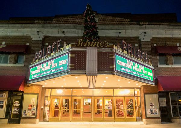 JOED VIERA/STAFF PHOTOGRAPHER-Lockport, NY- The Palace Marquee advertises Saturday's Christmas Parade.