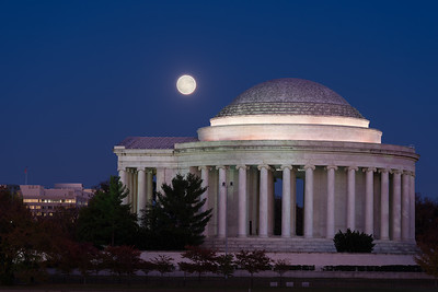 Supermoon Over the Jefferson Memorial Portico