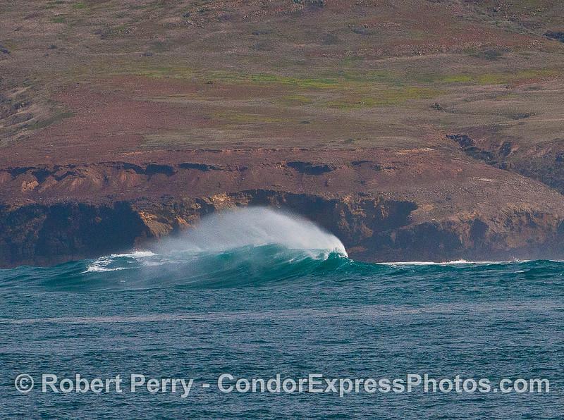 Wave near Frasier Point, Santa Cruz Island.