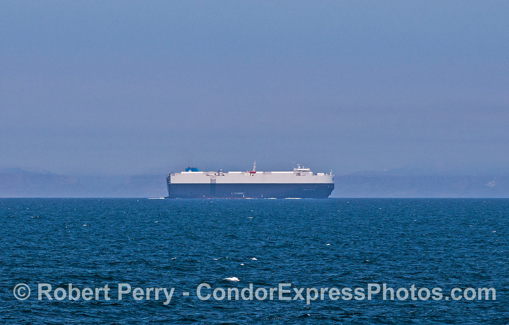 Car Carrier in the southbound Land heading for Hueneme.