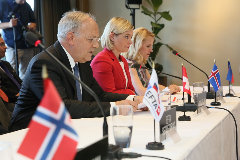 From left: Mr Johann N. Schneider-Ammann, President of Switzerland and Head of the Federal Department of Economic Affairs, Education and Research of Switzerland; Ms Lilja Alfreðsdóttir, Minister for Foreign Affairs and External Trade, Iceland; Ms Aurelia Frick, Minister of Foreign Affairs, Liechtenstein