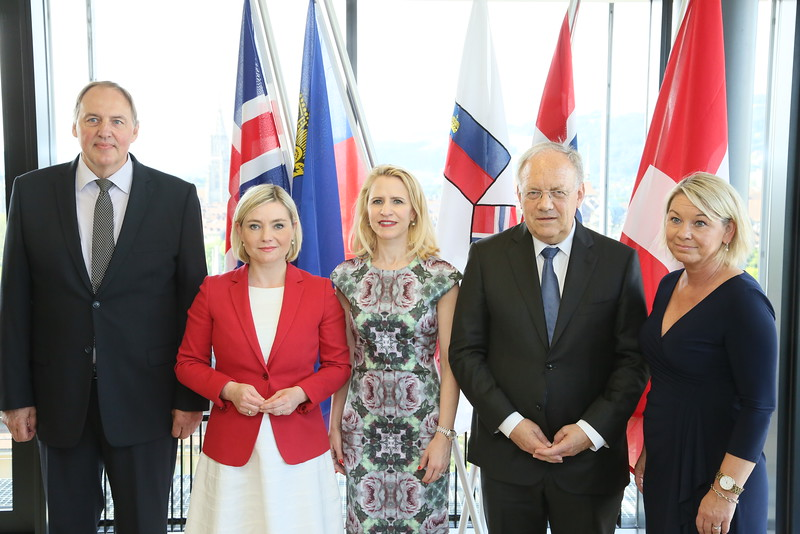 From left: Mr Kristinn Árnason, Secretary-General, EFTA; Ms Lilja Alfreðsdóttir, Minister for Foreign Affairs and External Trade, Iceland; Ms Aurelia Frick, Minister of Foreign Affairs, Liechtenstein; Mr Johann N. Schneider-Ammann, President of Switzerland and Head of the Federal Department of Economic Affairs, Education and Research of Switzerland; Ms Monica Mæland, Minister of Trade and Industry, Norway
