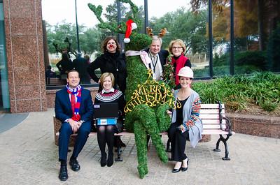 2016-12-09- Financial Reporting Group Christmas Photo