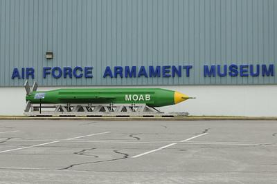 CAS_1811_MOAB bomb