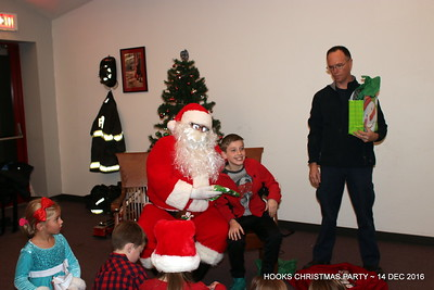 20161214-mystic-hook-and-ladder-Christmas-party-027