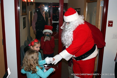 20161214-mystic-hook-and-ladder-Christmas-party-007