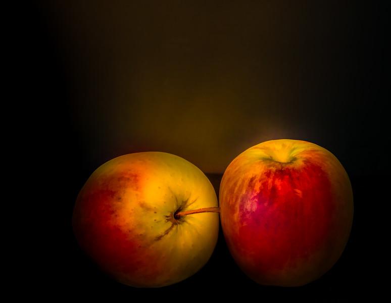 08-30-16 Studio Apples