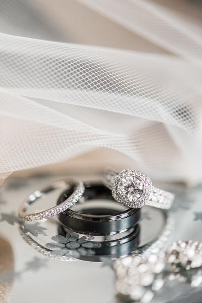 1-james-greta-potomac-point-winery-virginia-wedding-photographer-7