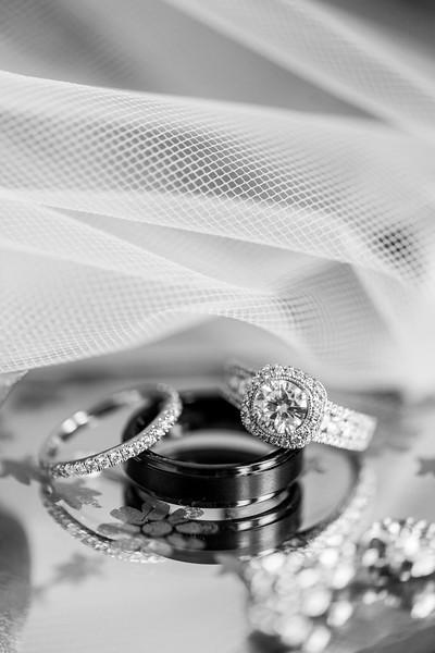 1-james-greta-potomac-point-winery-virginia-wedding-photographer-8