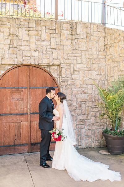 3-james-greta-potomac-point-winery-virginia-wedding-photographer-1