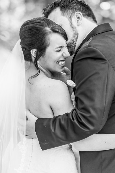 3-james-greta-potomac-point-winery-virginia-wedding-photographer-19