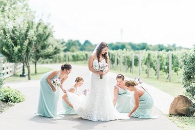 3-matt-lauren-morias-vineyards-bealeton-virginia-wedding-photographer-2
