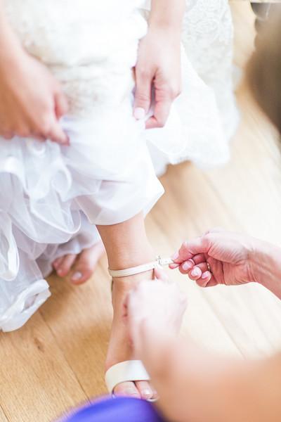 2-matt-lauren-morias-vineyards-bealeton-virginia-wedding-photographer-8