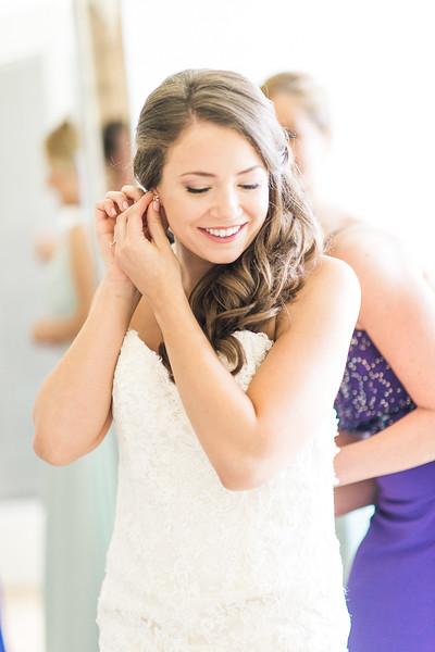 2-matt-lauren-morias-vineyards-bealeton-virginia-wedding-photographer-3